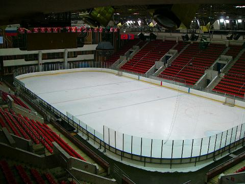 Фотография ледовой площадки